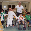 الحوسني يوفي بوعده ويزور جمعية الأطفال المعوقين
