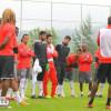 بالصور: درويش يعود لتدريبات الرائد.. وفالتوك يقيم مناورة بين اللاعبين
