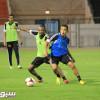 بالصور: برودوم يطالب لاعبي الشباب بالتعويض في مباراة الشعلة