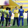 إدارة النصر تسلم اللاعبين جزء من مستحقاتهم وعوض يعود من قطر – صور