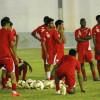مدرب الوحدة يشعل تدريبات الفريق بمناورة بين اللاعبين