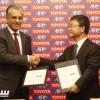 تويوتا توقع كشريك كامل للاتحاد الآسيوي