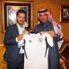 بالصور : وزير الرياضة و الشباب اليمني يزور نادي الشباب