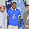 الهلال يجدد عقد لاعبه احمد شراحيلي