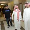 سلطان الفيصل يتفقد مركز تشغيل رالي جدة 2015