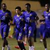 بالصور : النصر يستأنف تدريباته بإجتماع المدرب مع اللاعبين