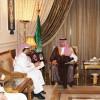 الرئيس العام يلتقي بفريق عمل تحسين بيئة الملاعب