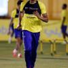 بالصور : تدريبات لياقية للاعبي النصر بمشاركة البحريني حسين