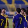 بالصور : كانافارو يجري مناورة بين اولمبي النصر ومن لم يشارك في لقاء الفيصلي