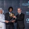 "الشهراني يتوج بجائزة ""غلوب سوكر"" لأفضل لاعب خليجي 2015"