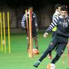 بالصور : مران إعتيادي للاعبي الشباب ومعاذ والمرشدي في العيادة
