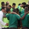 بالصور : كيال يطالب لاعبي الاهلي بحصد نقاط الشباب