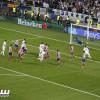 مدافع برشلونة يكسر تلفازه بسبب لاعب ريال مدريد