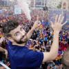 فيديو.. بيكيه يرقص في احتفالات برشلونة بالليغا