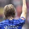 برشلونة تصف مودريتش بتشافي مدريد