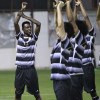 بالصور : جمل تكتيكية وتقوية عضلات في تدريبات لاعبي الشباب