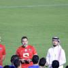 بالصور : الهلال يدشن تدريباته بإجتماع الرئيس و المدرب مع اللاعبين