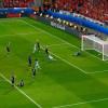 البرتغال تتأهل إلى نهائي كأس أوروبا بثنائية في ويلز