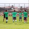 منتخب الناشئين يؤدي حصته التدريبية والعبدلي يجتمع باللاعبين