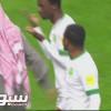 ظهير الأخضر يرفض مصافحة حكم لقاء اليابان