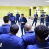 جالكا يجهز لاعبي التعاون للقاء الخليج بمحاضرة