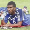 خالد عزيز يكشف حقيقة العودة للملاعب