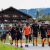 بالصور : الشباب يتدرب على فترتين ضمن معسكره في النمسا