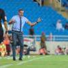 غوميز يمنح لاعبي التعاون راحة لـ 4 أيام