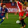 ميسي ينقذ مدير برشلونة من الاقالة