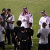 الأمير فيصل بن تركي يناقش مع لاعبي النصر نتائج ومستويات الفريق
