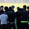 النصر يستأنف تدريباته للنهضة بإجتماع المدرب مع اللاعبين