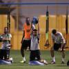النصر يواصل تدريباته بإجتماع المدرب مع اللاعبين