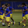 مناورة كروية للاعبي النصر وآل السويلم يلتقي بكارينيو واللاعبين
