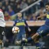 أياكس يختار بديل هدف برشلونة