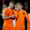 تشافي يُساند رغبة برشلونة في ضم الثنائي الهولندي