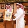 الأمير سعود بن نايف يستقبل حكم كرة الطائرة الطريفي