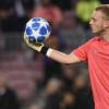 سيليسين: برشلونة لا يساعدني على الرحيل