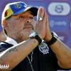 مارادونا يعرض تخفيض راتبه من أجل ناديه