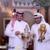 تكريم رئيس النصر في الكويت بمناسبة تحقيق الدوري والكأس