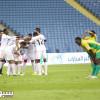 """هدف هزازي الأسرع في الدوري .. وخروج خمسة لاعبين بـ""""الحمراء"""""""