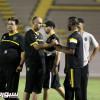 العميد يطير إلى الرياض لمواجهة النصر في قمة الجولة الثامنة