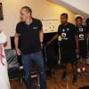 بالصور : دونيس يودع الهلاليين بعد إلغاء عقده
