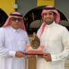 نادي عرعر يقدم العضوية الشرفية لأحمد الخنيني