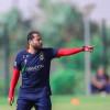 الوحدة يعلن إقالة مدربه الأردني محمود الحديد