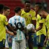 مدافع كولومبيا: سأظل احترم ميسي دائما