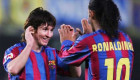 نصيحة من رونالدينيو لميسي بشأن برشلونة