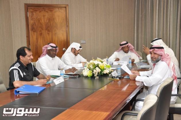 اجتماع لجنة الحكام