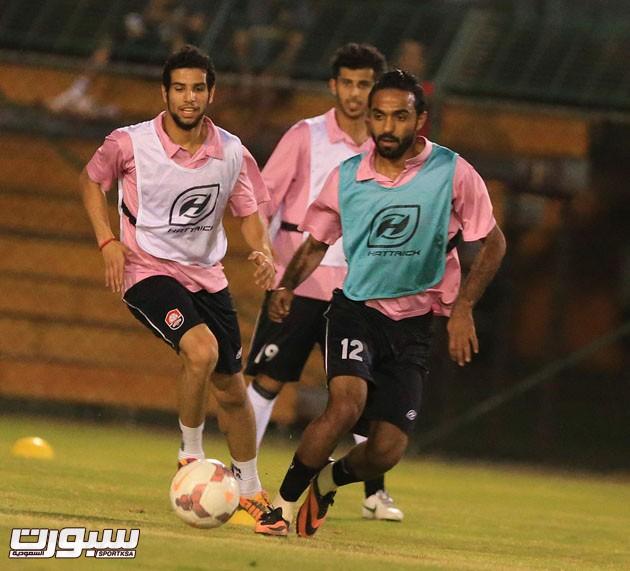 الرائد أجرى أول حصصه التدريبية في عمان 22