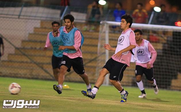 الرائد أجرى أول حصصه التدريبية في عمان