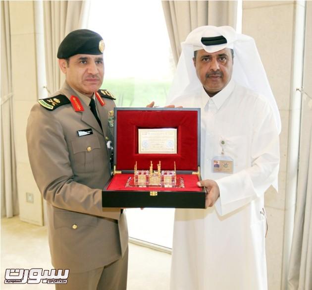 اللواء المرعول خلال تكريمه للعميد خالد العطيه